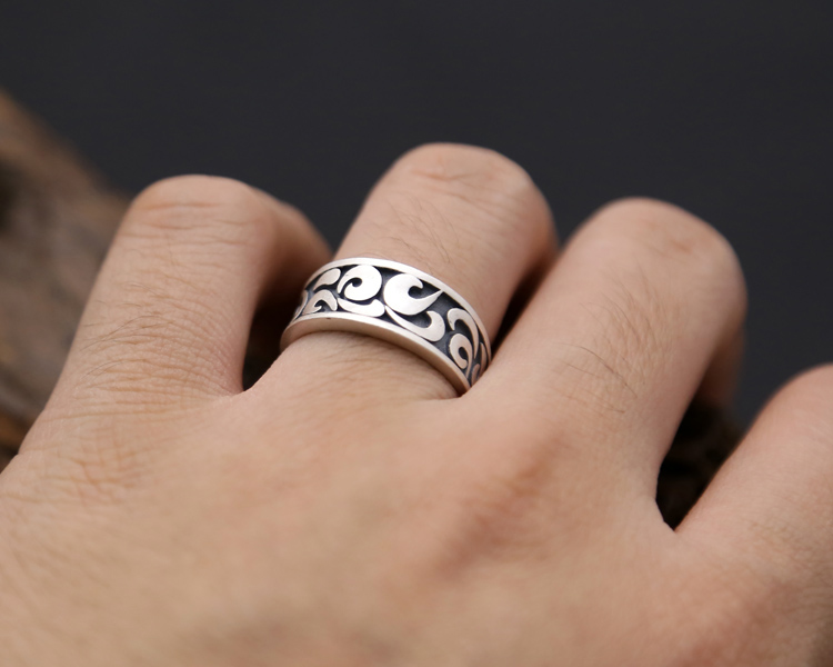 silver cross ring