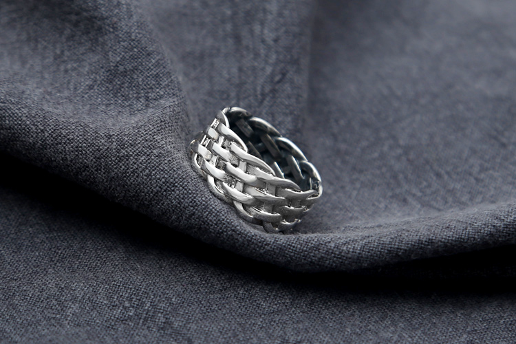 silver lucky ring